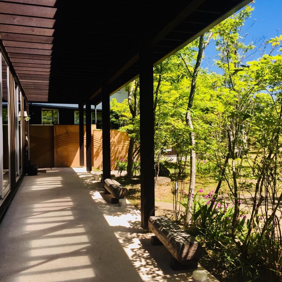 トピア社屋の庭