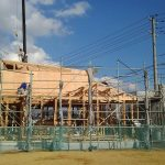 山口市トピアの木造住宅 棟上げ(建方)の様子